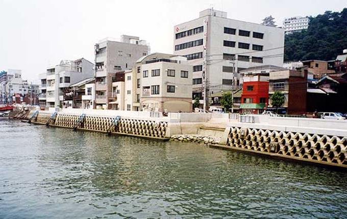 尾道糸崎港港湾工事